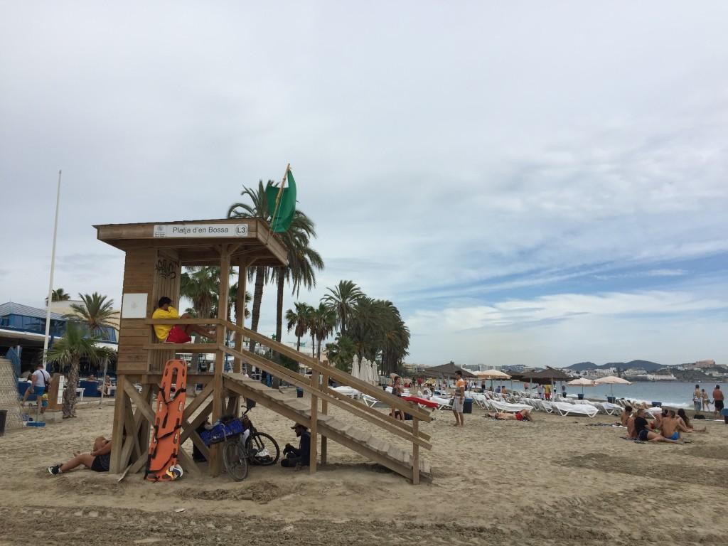 イビザ島ビーチ
